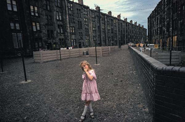 Raymond Depardon - Glasgow, Écosse, 1980 - 34 x 51 cm - © Raymond Depardon / Magnum Photos