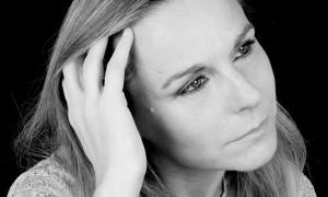 L'héroïne du dernier roman de Camille Laurens devient la dramaturge de sa propre histoire d'amour, dirigeant ses personnages, réels ou fictifs.