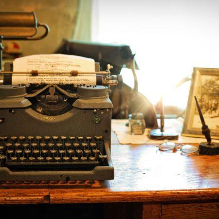 typewriter-auteurs-scenaristes-fitzgerald-dahl